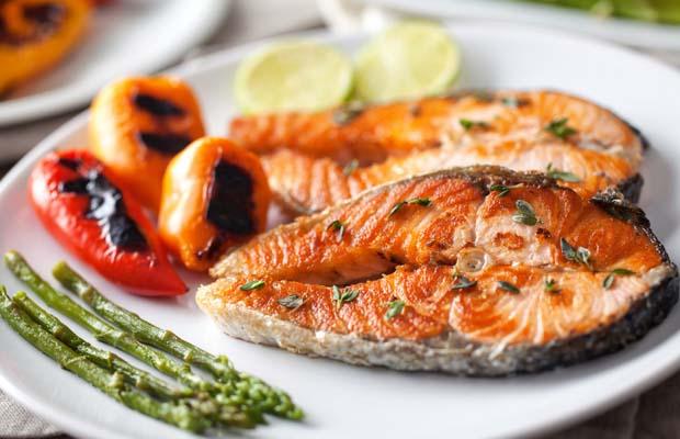 В жаркое время лучше есть рыбные блюда